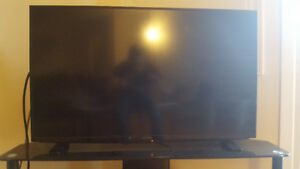 "39"" LED , insomnia tv , with black glass stand"