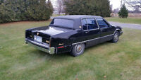 1990 Cadillac Fleetwood Gold Sedan