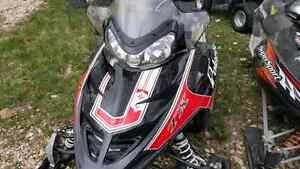Selling 2 Polaris 550 fan cooled sleds 2011 and a 2006
