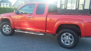 2009 Chev Colorado Extended Cab with ONLY 58 K/M