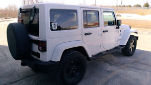 SAVE $2000 THIS WEEKEND..2012JEEP WRANGLER 4 DR ARCTIC EDITION