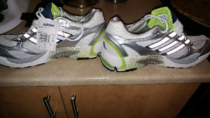 Chaussure de course Adidas Taille 13 Homme