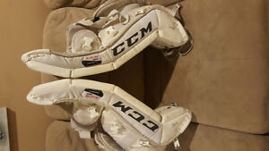 CCM Youth goalie Pads