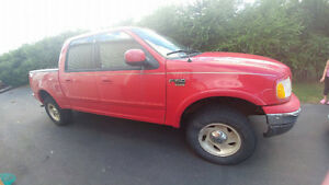 2001 Ford F-150 SuperCrew LARIAT XLT.. JUST REDUCED
