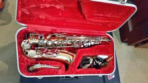 Armstrong alto sax and case