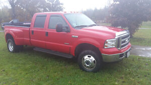 2005 Ford F-350 Dually Pickup Truck