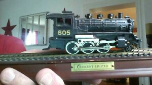<<<REDUCED>>> Vintage Crescent Limited 605 Train