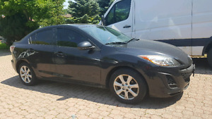 URGENT - 2011 MAZDA 3/Fully Loaded/ Safety & E-tested