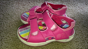 Girl's size 8 Barbie Sandals