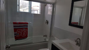 Close to UW. All Inclusive deal!! Great for student groups! Kitchener / Waterloo Kitchener Area image 4