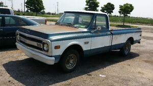 1970 Chevy C10 Pick up.