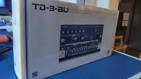 Behringer TD-3 (blue) Synth