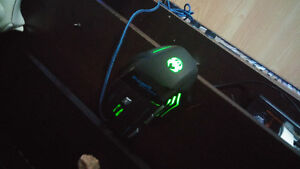 Awesome pro gaming mouse $25 obo Peterborough Peterborough Area image 2