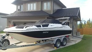 2013 Hurricane SD187 Deck Boat with 150 Mercury 4 Stroke