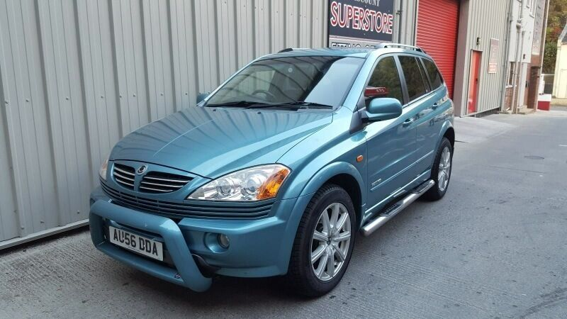 Ssangyong Kyron SE 4X4 (Needs top end engine work)
