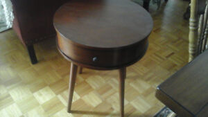 ROUND TABLE WITH DRAWER - $35.00