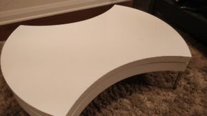 Round Coffee Table w/ Storage in Gloss White