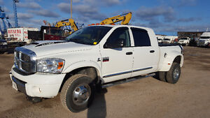 2008 RAM 3500 6.7l DIESEL MEGA CAB  LARAMIE
