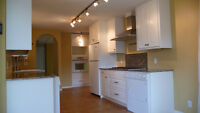 Renovated Main Floor in Spruce Cliff SW Aug 1st