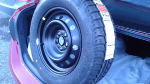 ****Brand new winter tires with rims (5 holes) NEVER USED **** Gatineau Ottawa / Gatineau Area image 1