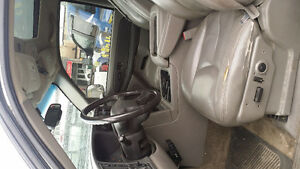 2003 GMC Yukon, $6100 or trade for a car with same value