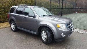 PRICE DROP!!! 2009 Ford Escape XLT -Tow Pkg, WeatherTech mats!