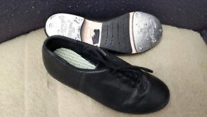 FS: Tap Shoes (Little Girls) Size 4