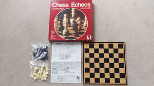 MINT VINTAGE Playtoy Industries Chess Board Game 1977 $40