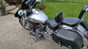 VSTAR Classic 2009 $6200.00. Very low mileage. Must see!