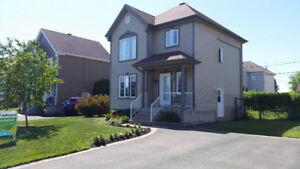 Maison 2 étages à McMasterville