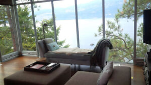 Exquisite Lake View 3bd Ridge Home