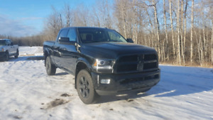 2014 Ram 2500 6.4 litre Black Appreance Package Laramie