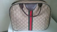 Gucci bag (not authentic)