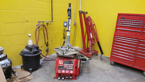 Automotive Repair Bay Fully Equip  Rent Only $2500/m   919-5566