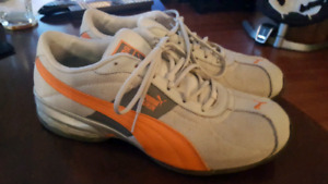 MENS PUMA RUNNING SHOES ORANGE/GREY IN SIZE 10.5 US
