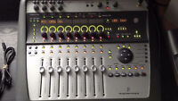 Digidesign Digi002 ProTools Recording Mixer
