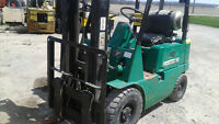 MITSUBISHI FORKLIFT WITH AIR TIRES