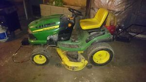 Loan mower tractor London Ontario image 7