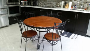 Round Wooden Kitchen Table with 4 Chairs