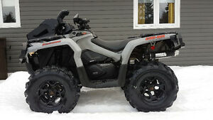 2015 CanAm Outlander 800r Like New!