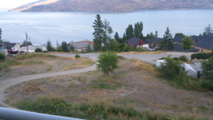2 spactacular lake view lots in peachland