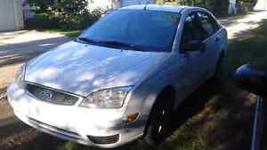 2005 Ford Focus ZX4 Low KM 2800 OBO