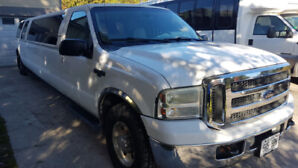 2005 Ford Excursion XLT (12-14) pax SUV stretched limousine!