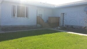 GREAT DEAL HOUSE  FULLY FURNISHED FOX CREEK AB.
