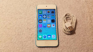 Apple iPod Touch 5th Generation 32GB - Blue