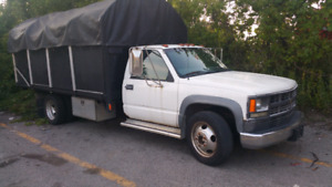 2000 Chevy 450 Diesel 4tonne - Need gone ASAP!