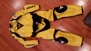 Daniese yellow and black 2 pc race leathers