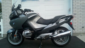 2005 BMW R1200RT (low mileage located in Kingston)
