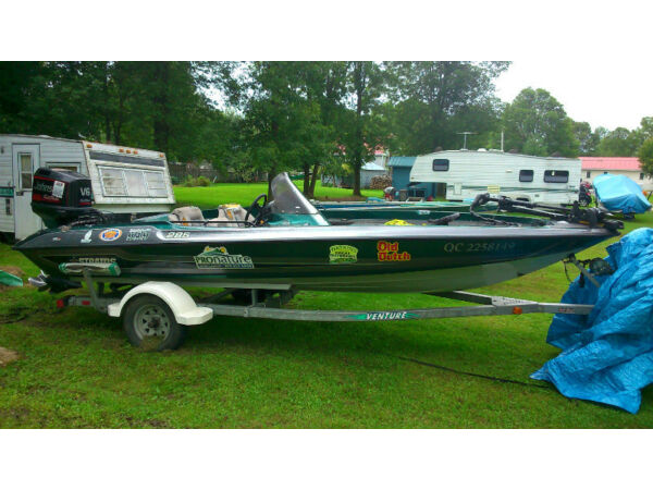 Used 1998 Stratos Boat Co Stratos 285