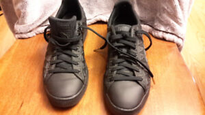 Black Puma shoes with geometric design- size 13